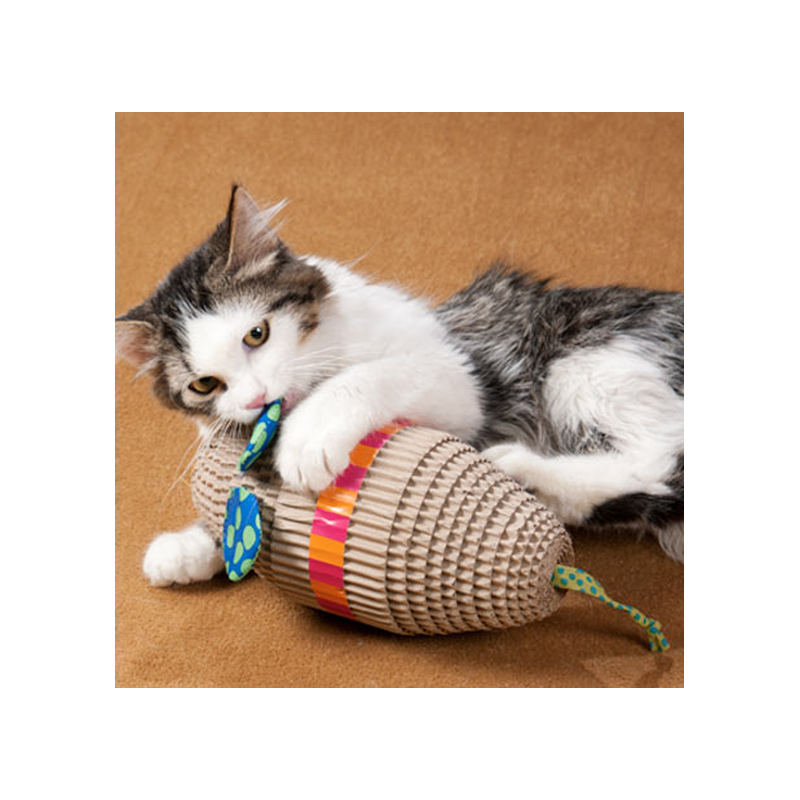 grand jouet griffer en carton pour chat cat apart. Black Bedroom Furniture Sets. Home Design Ideas