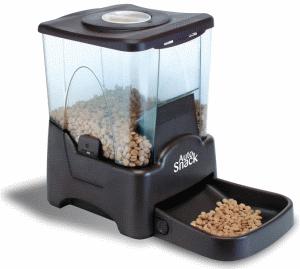 Avec un distributeur de croquettes Hami Form, votre chat a des croquettes fraîches toute la journée.